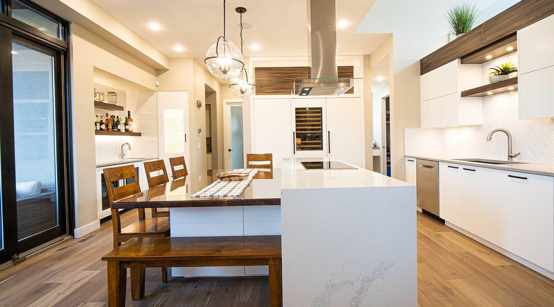 custom-luxury-home-builder-in-edmonton-home-built-by-kanvi-homes-slide2